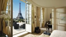 Hotel Booking Sites & Luxury Accommodations Around the World
